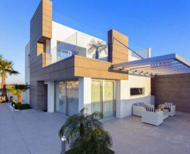 Nieuwbouw Villa Te koop in Guardamar Del Segura in Spanje, gelegen aan de Costa Blanca-Zuid