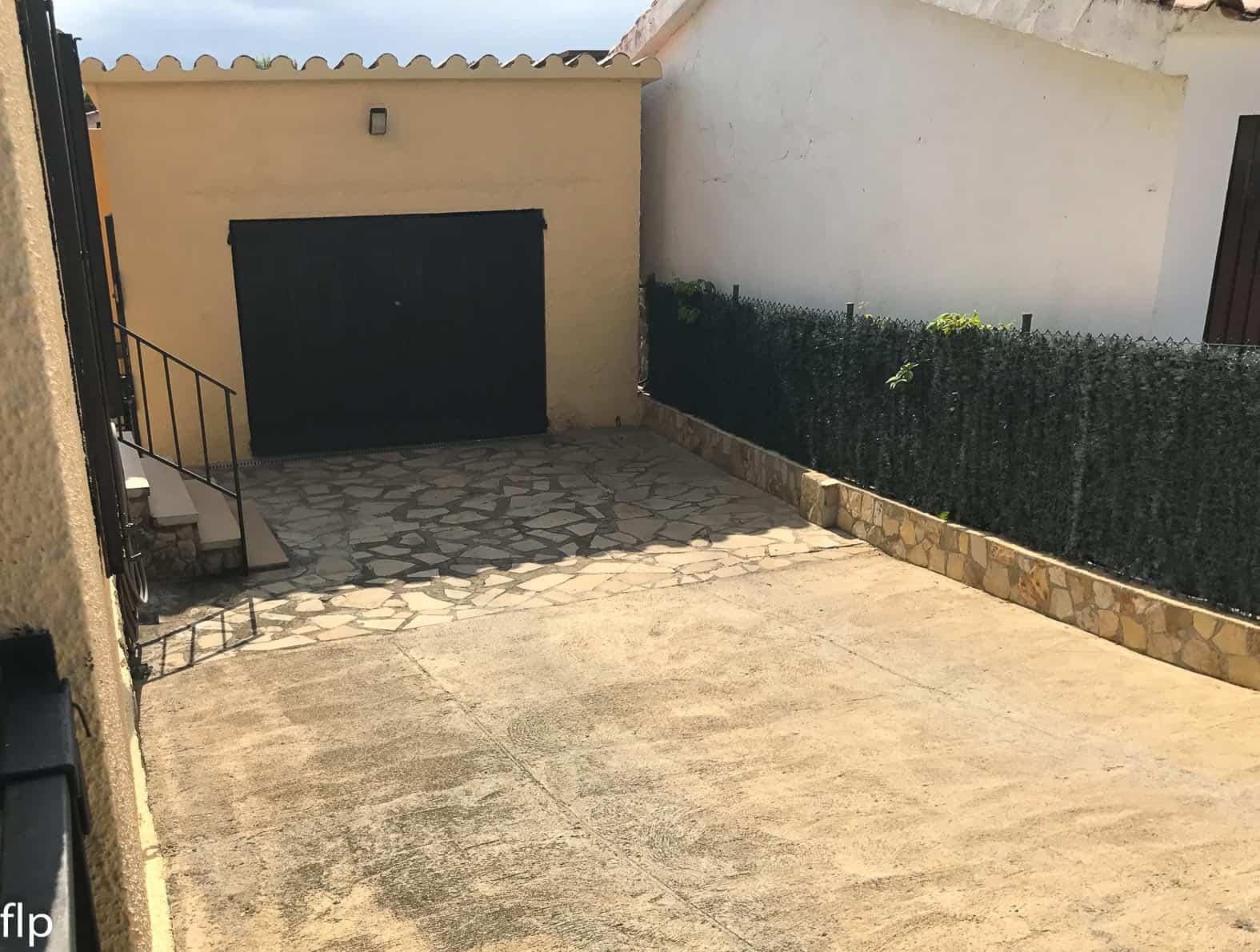 Resale Huis Te koop in L'Escala in Spanje, gelegen aan de Costa Brava