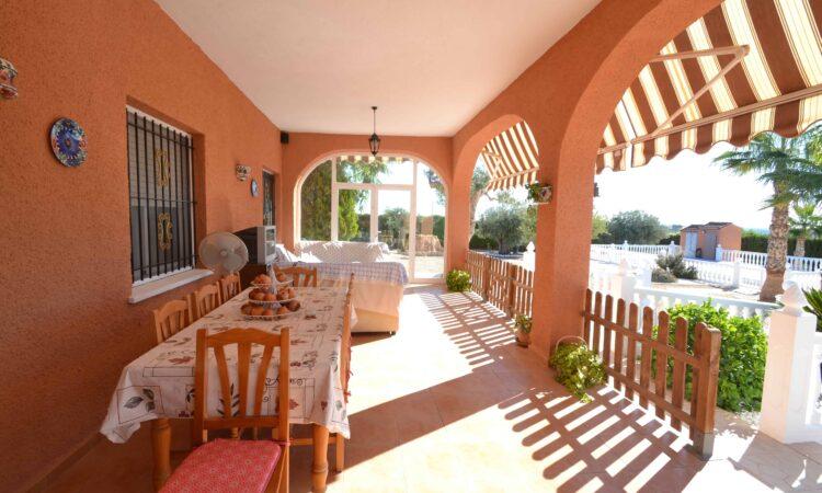 Resale Villa Te koop in Elx/Elche (03200) in Spanje, gelegen aan de