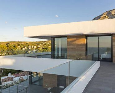 Nieuwbouw Villa Te koop in Dénia in Spanje, gelegen aan de Costa Blanca-Noord