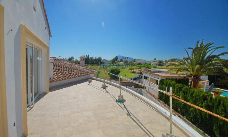 Nieuwbouw Villa Te koop in Els Poblets in Spanje, gelegen aan de Costa Blanca-Noord
