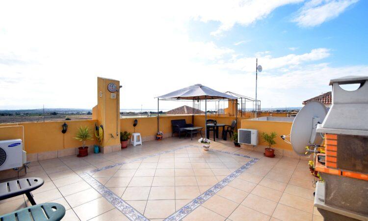 Resale Appartement Te koop in Los Montesinos in Spanje, gelegen aan de Costa Blanca-Zuid