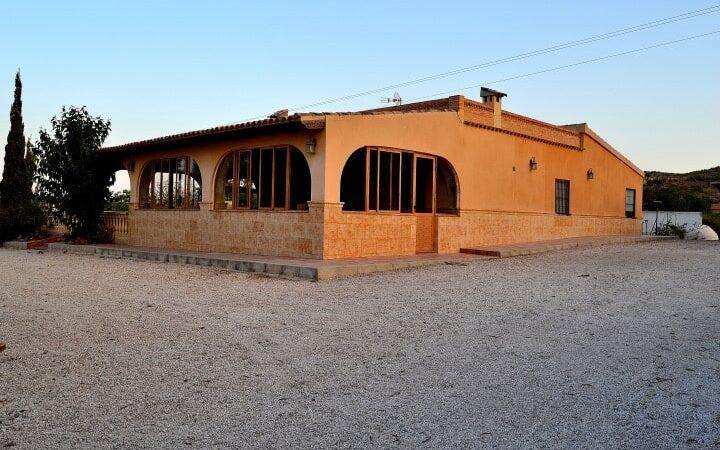 Resale Villa Te koop in Elx/Elche (03200) in Spanje, gelegen aan de Costa Blanca-Zuid