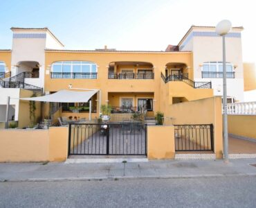 Resale Appartement Te koop in Los Montesinos in Spanje, gelegen aan de Costa Blanca-Zuid