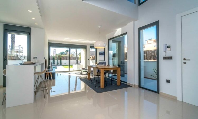 Nieuwbouw Villa Te koop in Elx/Elche (03200) in Spanje, gelegen aan de Costa Blanca-Zuid