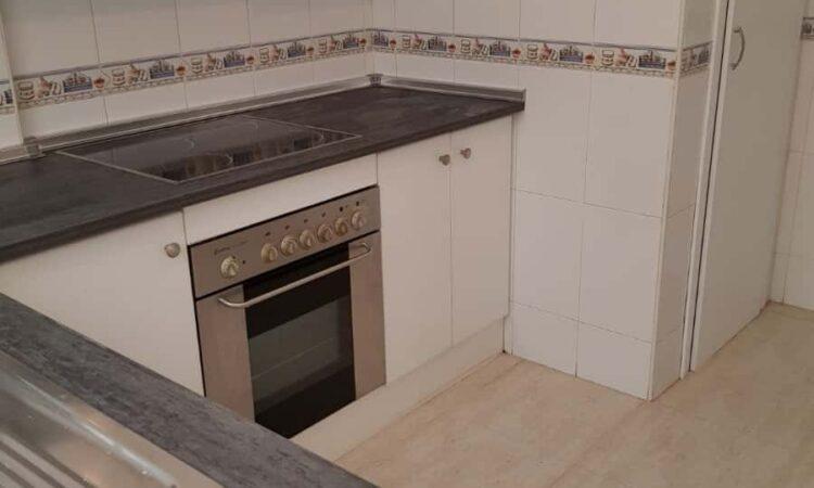 Resale Huis Te koop in Villamartin in Spanje, gelegen aan de Costa Blanca-Zuid