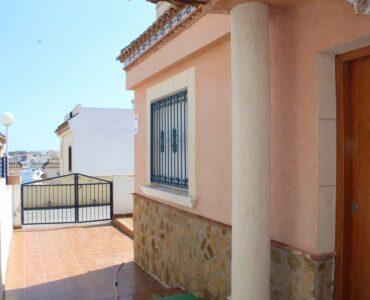 Resale Huis Te koop in Orihuela-Costa in Spanje, gelegen aan de Costa Blanca-Zuid