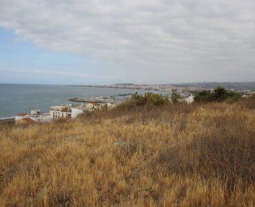 Resale Grondstuk Te koop in Caleta De Velez in Spanje, gelegen aan de Costa del Sol-Oost