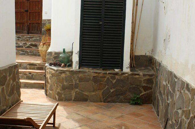 Resale Appartement Te koop in Sayalonga in Spanje, gelegen aan de Costa del Sol-Oost