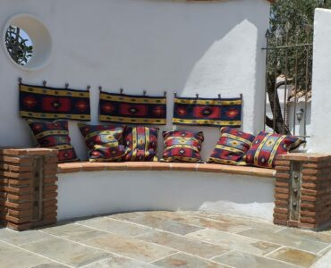 Resale Villa Te koop in Sayalonga in Spanje, gelegen aan de Costa del Sol-Oost