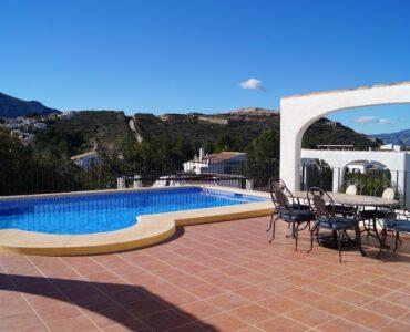 Resale Villa Te koop in Pego in Spanje, gelegen aan de Costa de Valencia