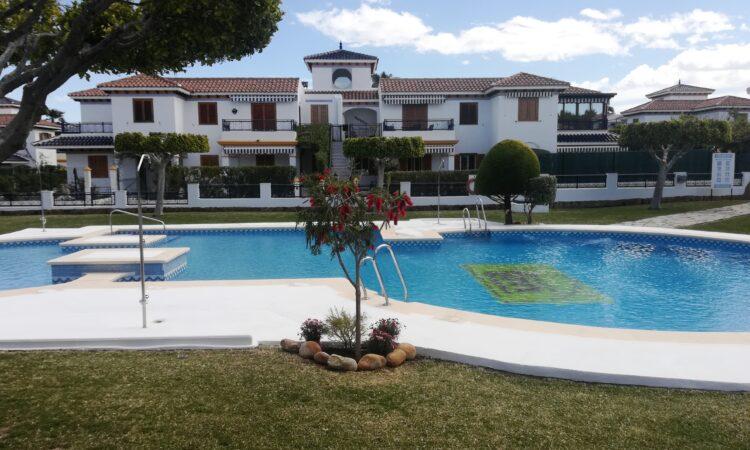 Doorverkoop Appartement Te koop in Vera Playa in Spanje, gelegen aan de Costa de Almería