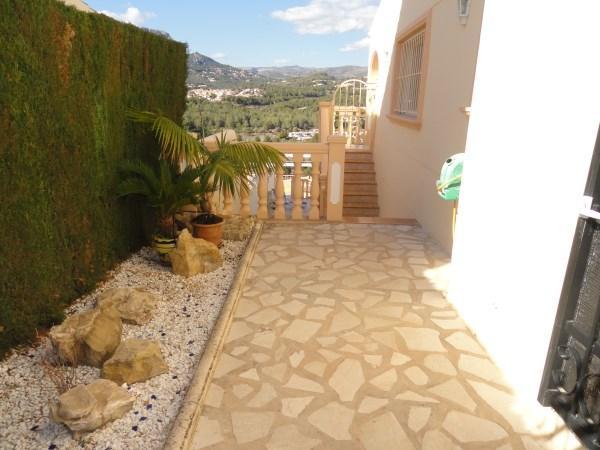 Resale Villa Te koop in Calpe in Spanje, gelegen aan de