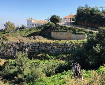 Resale Grondstuk Te koop in Ojen in Spanje, gelegen aan de Costa del Sol-Centro