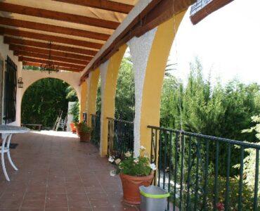 Resale Villa Te koop in Caleta De Velez in Spanje, gelegen aan de Costa del Sol-Oost