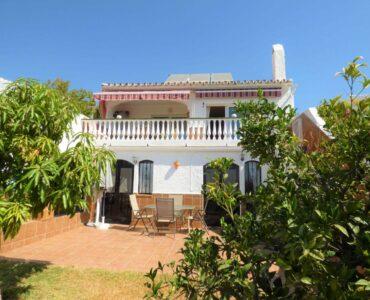 Resale Villa Te koop in Nerja in Spanje, gelegen aan de Costa del Sol-Oost