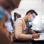 """Vliegtuigreizigers uit rode zones niet sowieso verplicht in quarantaine: """"Het is een combinatieverhaal"""""""