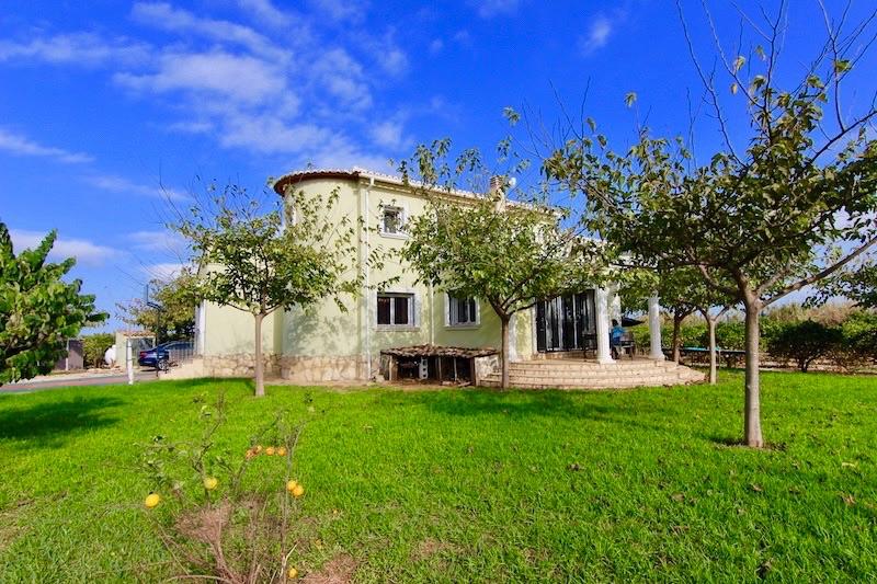 Luxe villa te koop in San Pedro de Alcántara (Spanje, Costa Del Sol)