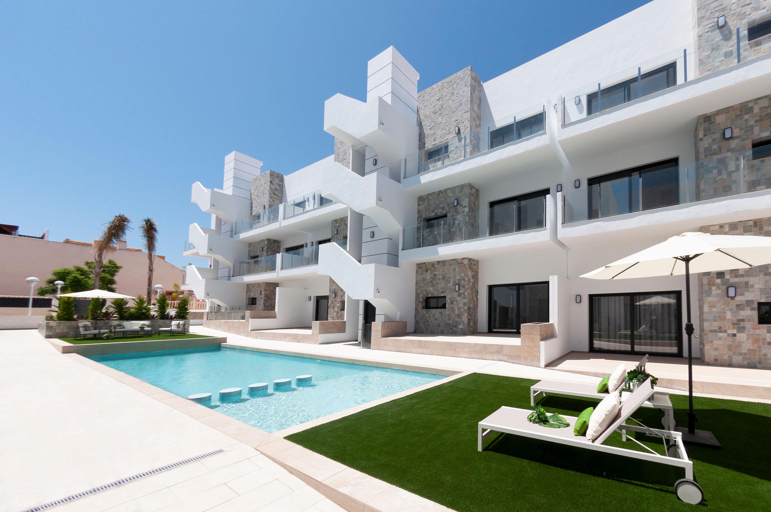 Nieuwbouw in Arenales del Sol (Spanje, Costa Blanca)