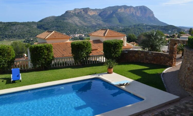 Resale Villa Te koop in Monte Sella in Spanje, gelegen aan de Costa Blanca-Noord