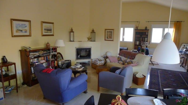 Resale Villa Te koop in El Salt (Muchamiel) in Spanje, gelegen aan de Costa Blanca-Noord