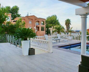 Resale Villa Te koop in Dénia in Spanje, gelegen aan de Costa Blanca-Noord