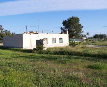 doorverkoop Villa Te koop in Alicante in Spanje, gelegen aan de Costa Blanca-Zuid