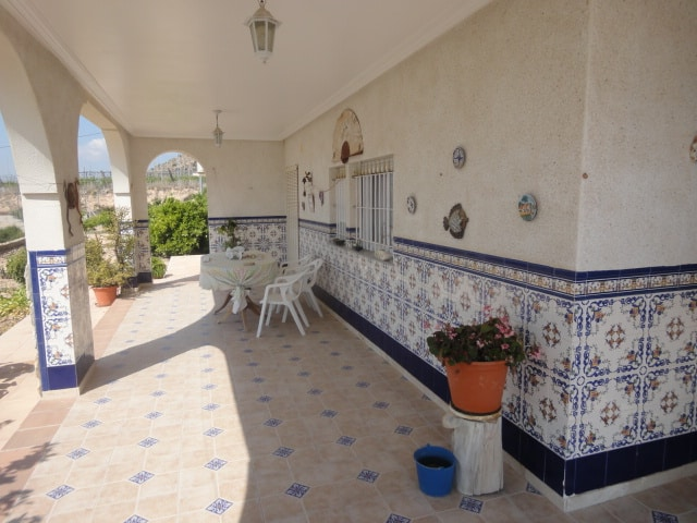 Resale Villa Te koop in Monforte Del Cid in Spanje, gelegen aan de Costa Blanca-Zuid