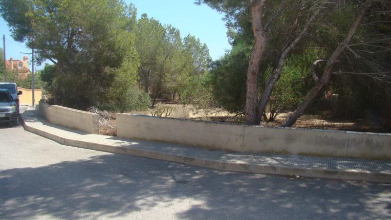 Resale Grondstuk Te koop in Algorfa in Spanje, gelegen aan de Costa Blanca-Zuid